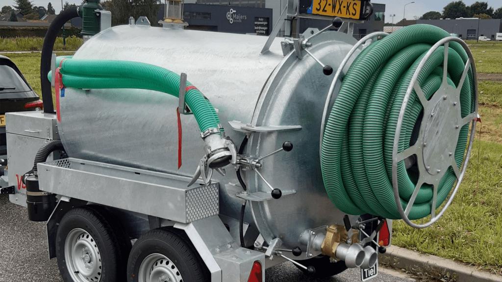 vacuumunit-mma-loodgieter-wateroverlast-water-overlast-1024×576